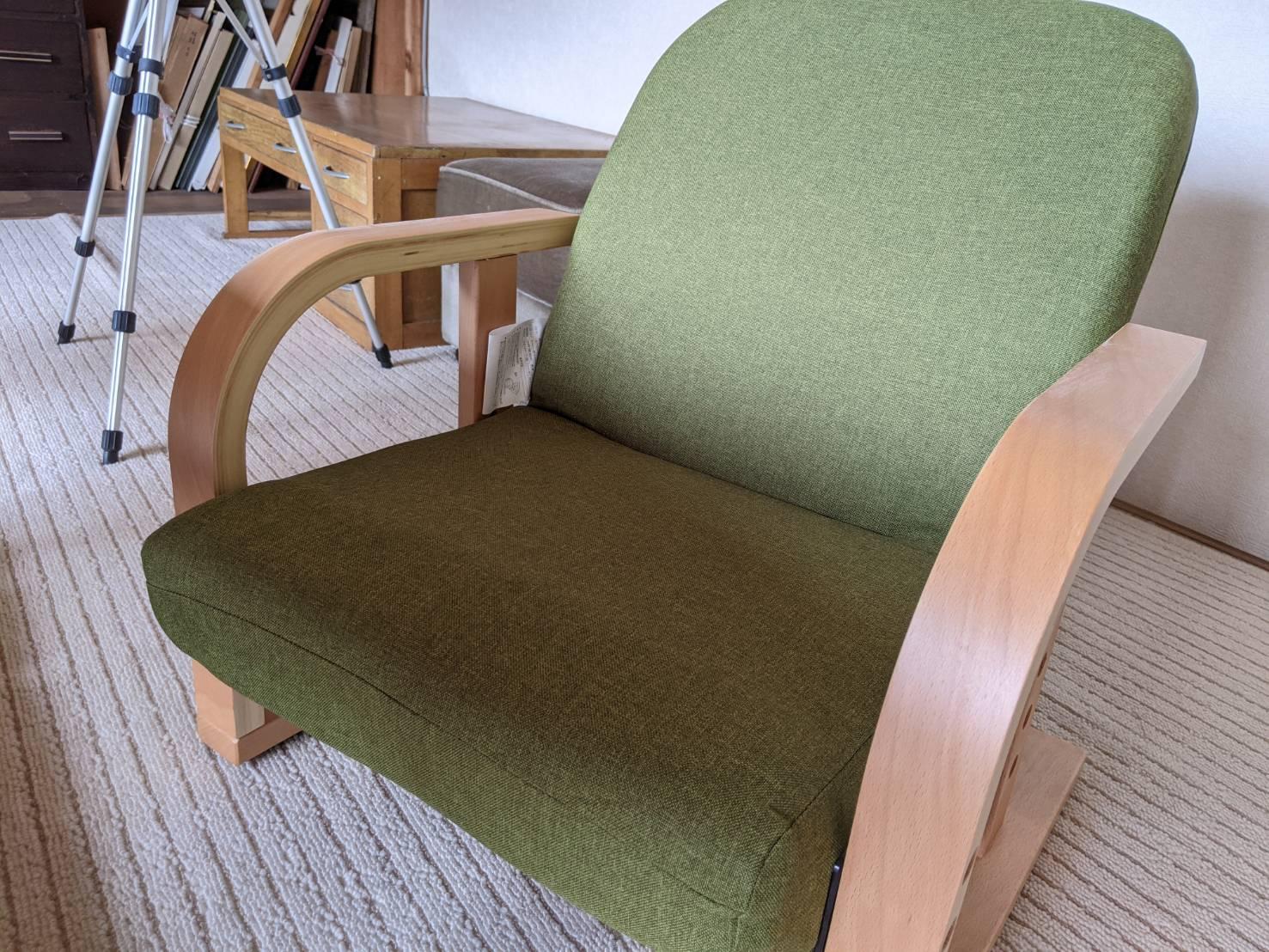 緑色の椅子